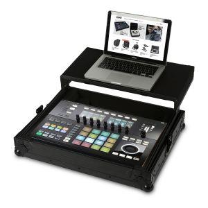 UDG Ultimate Flight Case NI Maschine Studio Black Plus (Laptop Shelf)